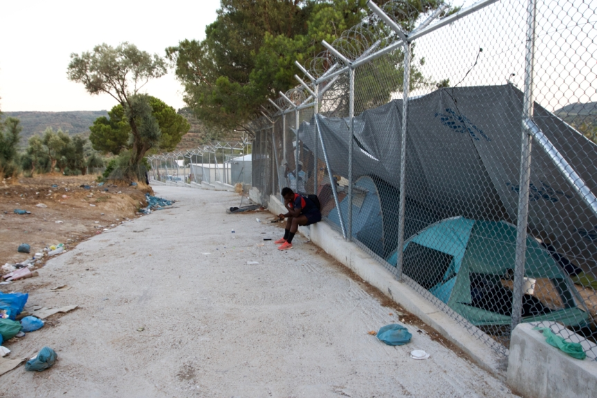 3 Lesbos - Kamp Moria ©Vluchtelingen in Europa